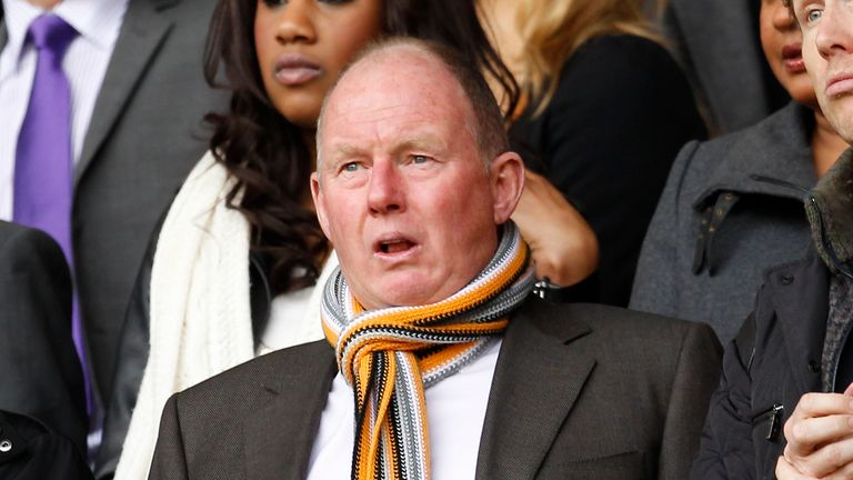 Wolves owner Steve Morgan puts the club up for sale | Football News