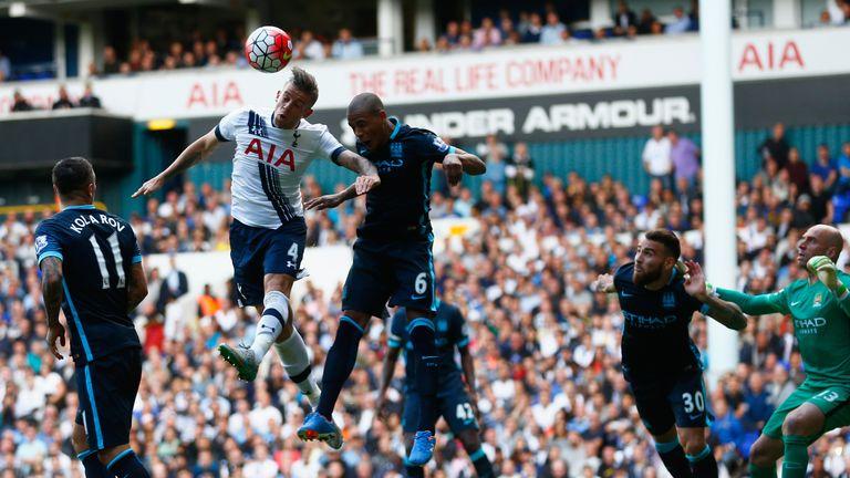 Toby Alderweireld of Tottenham scores his team's second goal