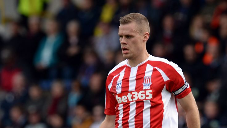 Ryan Shawcross of Stoke City during the Premier League match between Burnley and Stoke City
