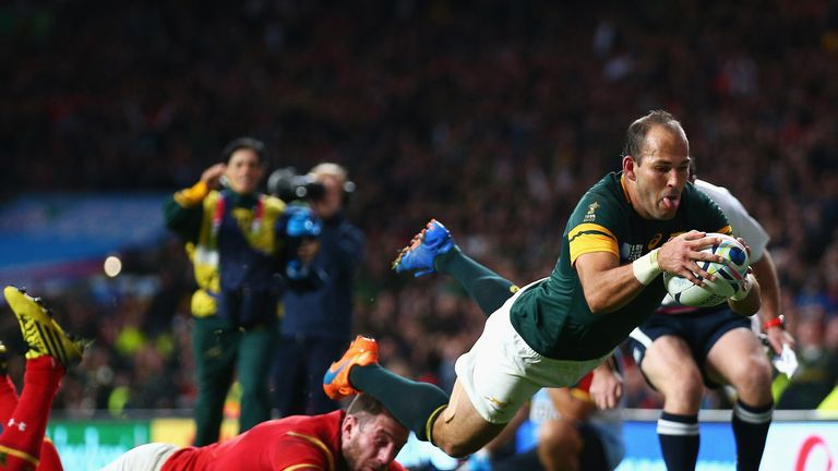 Fourie du Preez announces retirement on his birthday