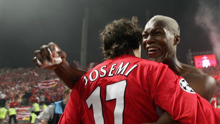 Cisse celebrates Liverpool's Champions League triumph in Istanbul  in 2005