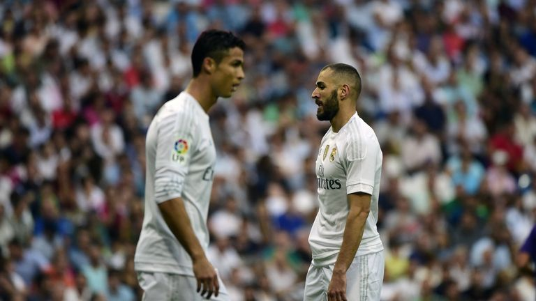 What if Cristiano Ronaldo and Karim Benzema attempted the Cruyff penalty?