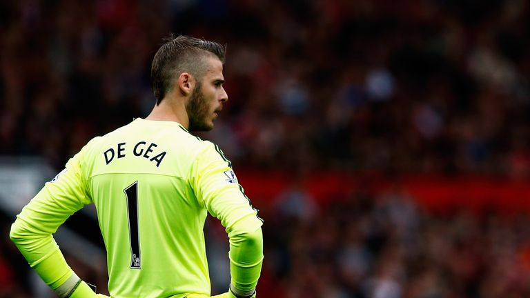 MANCHESTER, ENGLAND - SEPTEMBER 26:  David de Gea of Manchester United looks on during the Barclays Premier League match between Manchester United and Sund