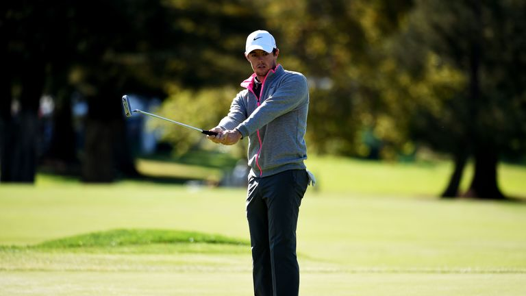 McIlroy sees another putt miss the target in the final round