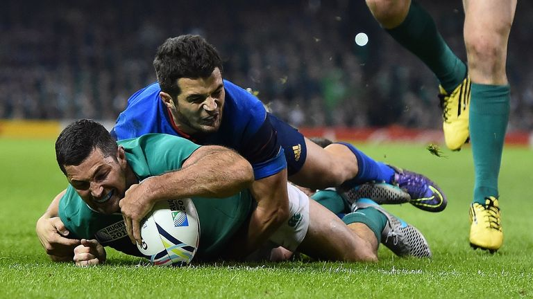 Kearney touches down against France