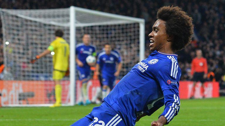 Chelsea midfielder Willian celebrates