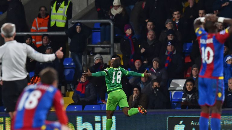 Defoe scored the decisive goal with just 10 minutes remaining
