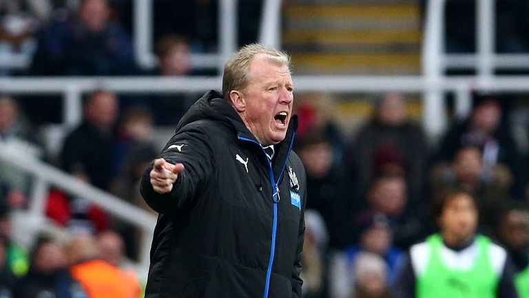 Newcastle United manager Steve McLaren gestures from the sideline during the defeat to Leicester