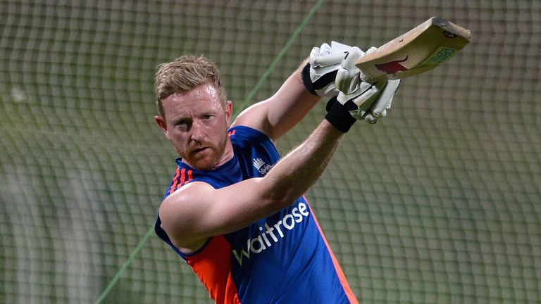 England's Paul Collingwood was bought by the Capricorn Commanders