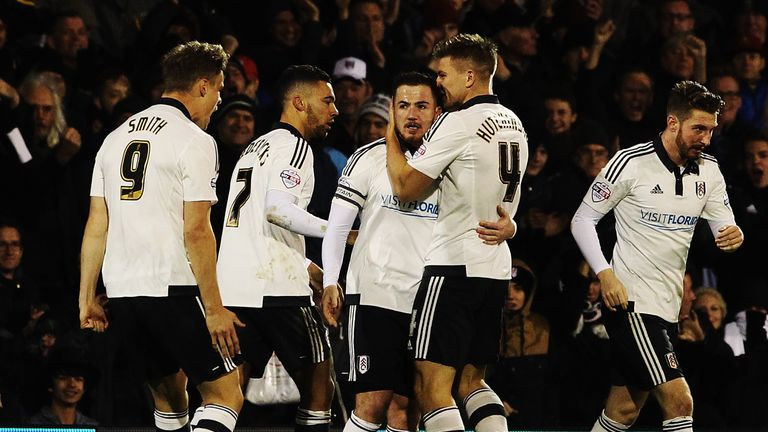 Ross McCormack (C) of Fulham celebrates with team mates after scoring against Preston