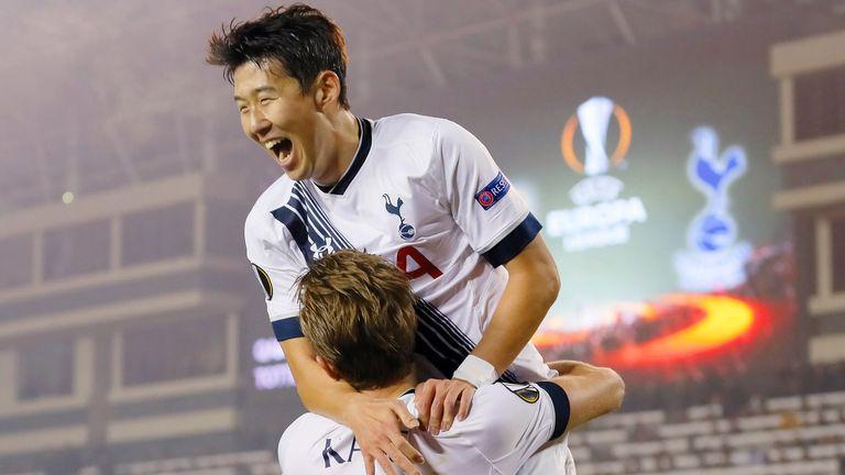 BAKU, AZERBAIJAN - NOVEMBER 26: Harry Kane of Tottenham Hotspur FC is congratulated on scoring the opening goal by Son Heung-min during the UEFA Europe Lea