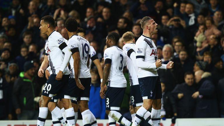 Toby Alderweireld of Tottenham Hotspur celebrates scoring against West Ham on 22 November, 2015 at White Hart Lane