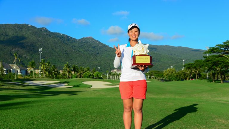 Xiyu Lin celebrates after retaining her Sanya Ladies Open crown