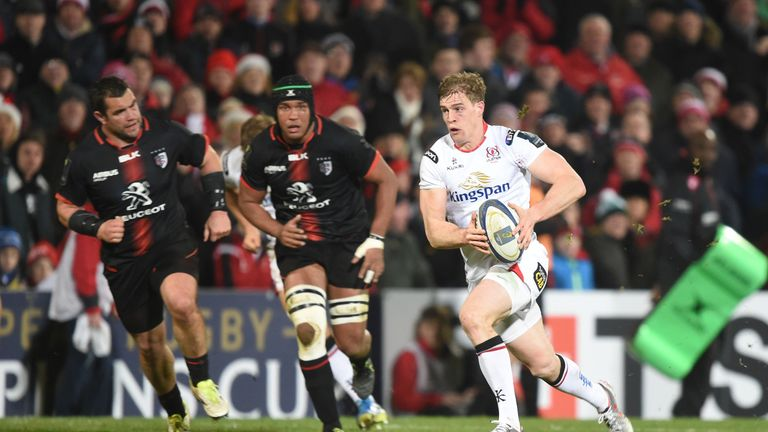 Ulster's Andrew Trimble (right) runs clear  for a try against Toulouse