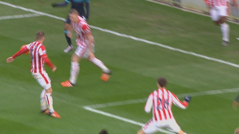 Whelan handled the ball in the penalty box, but was it intentional?