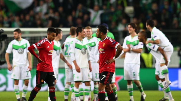 Jesse Lingard, Memphis Depay, dejected, Wolfsburg v Manchester United, Champions League