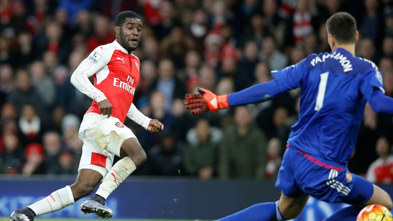Joel Campbell scores Arsenal's first goal against Sunderland from a Mesut Ozil pass