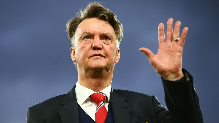 Louis van Gaal still being backed by his players, says Phil Jones