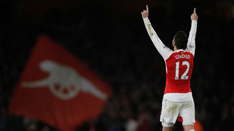 Olivier Giroud celebrates after scoring Arsenal's second goal against Manchester City