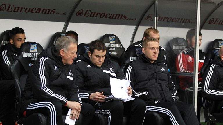 Pep Clotet (centre) with Alan Curtis (left) and Garry Monk