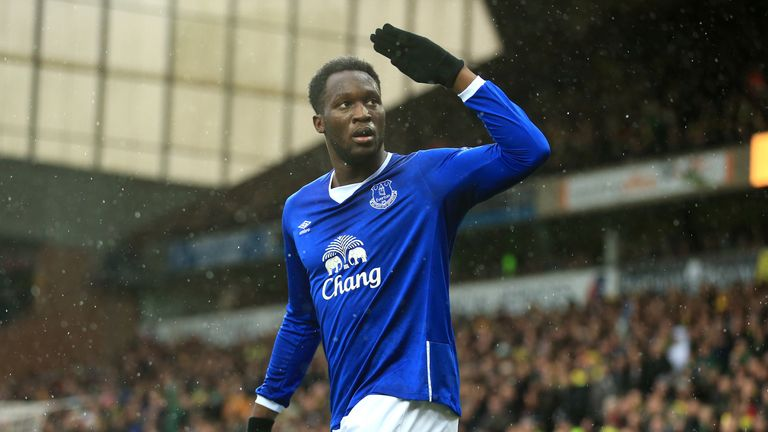 Romelu Lukaku celebrates scoring Everton's first goal against Norwich