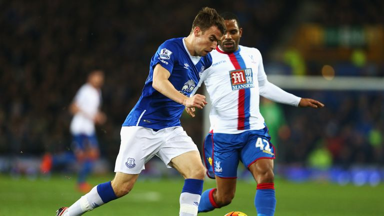 Seamus Coleman of Everton is closed down by Jason Puncheon of Crystal Palace during the Barclays Premier League match at Goodison Park
