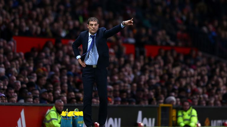 Slaven Bilic gives instructions during the Barclays Premier League match between Manchester United and West Ham United
