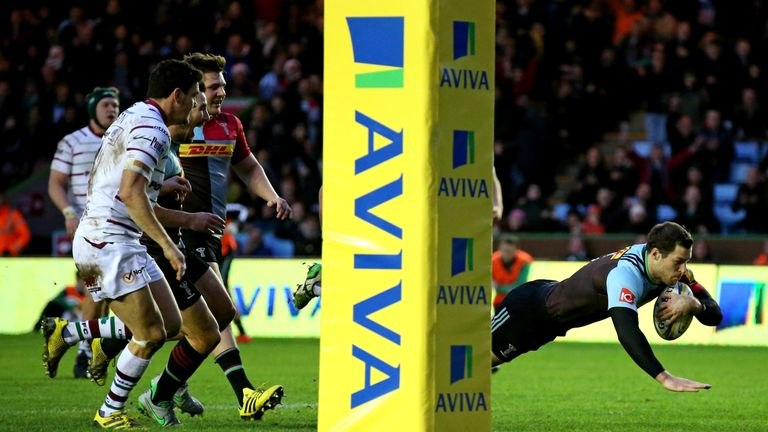 Tim Visser dives over for one of his three tries against London Irish