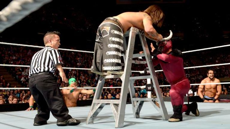 Hornswoggle v El Torito clashed in a WeeLC Match at The Izod Center