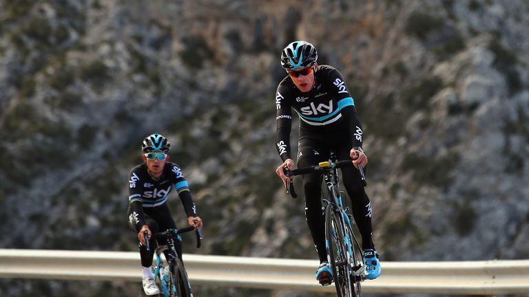 Froome leads Kwiatkowski up a climb in training