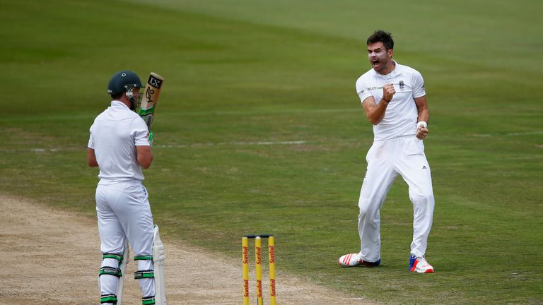 James Anderson traps AB de Villiers lbw for his third successive duck in the Test series