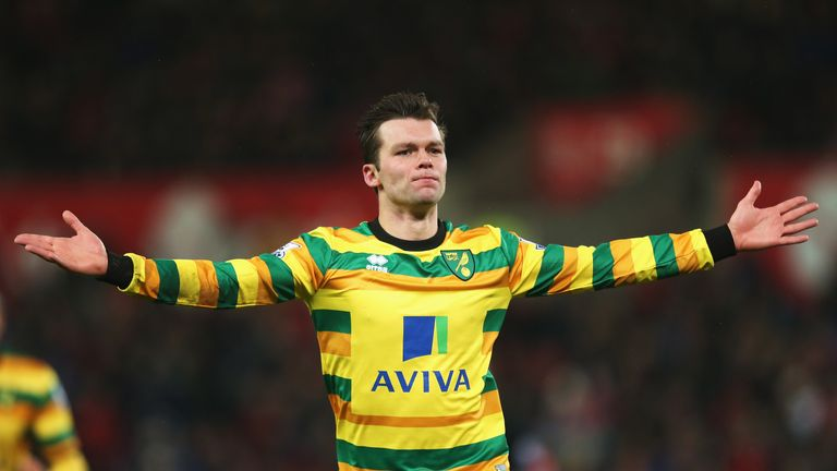 Jonathan Howson celebrates scoring Norwich's first goal against Stoke