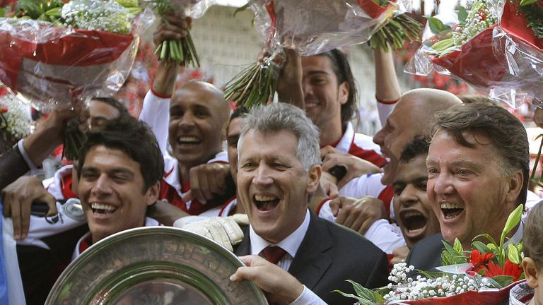 Van Gaal (right) endured difficult times at AZ Alkmaar but later led them to the Dutch title