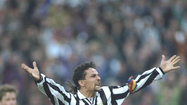 Apr 1995:  Roberto Baggio of Juventus FC holds his arms aloft in celebration during the UEFA Cup semi-final against Borussia Dortmund at the Delle Alpi Sta