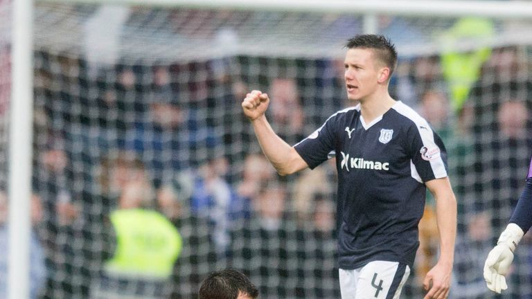 McGowan off to continue his footballing career in China