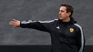 Gary Neville receives backing from Valencia president ...