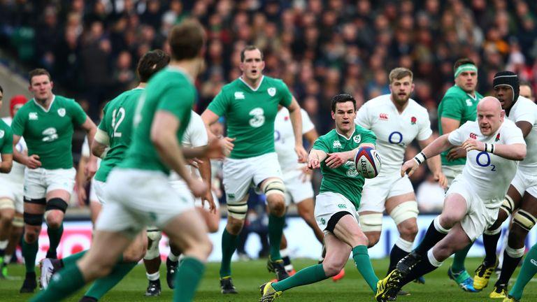 Johnny Sexton sets Ireland on the attack