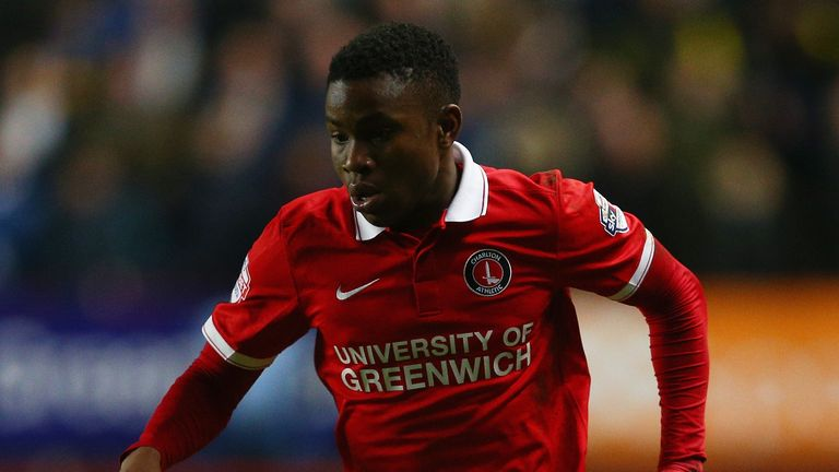 LONDON, ENGLAND - DECEMBER 12: Ademola Lookman of Charlton in action during the Sky Bet Championship match between Charlton Athletic and Leeds United at Th