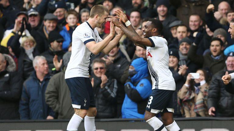 Tottenham Hotspur's English defender Danny Rose (R) celebrates with Eric Dier