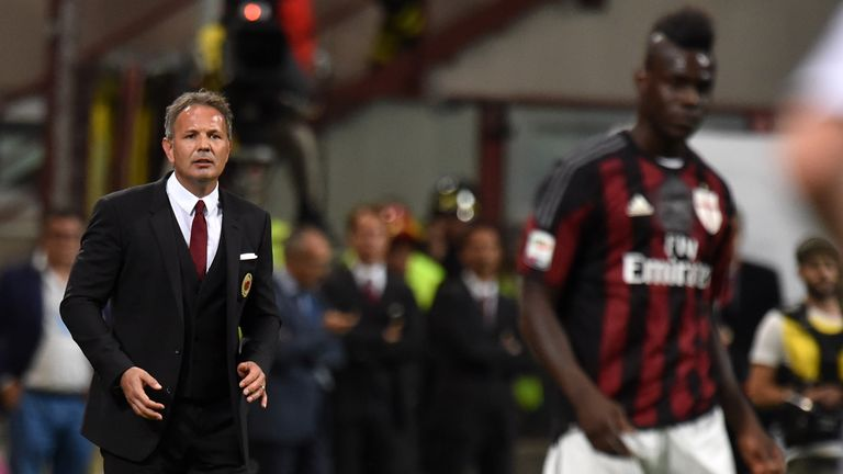 Head Coach Sinisa Mihajlovic of Milan and  Mario Balotelli look on during the Serie A match between AC Milan and US Citta di