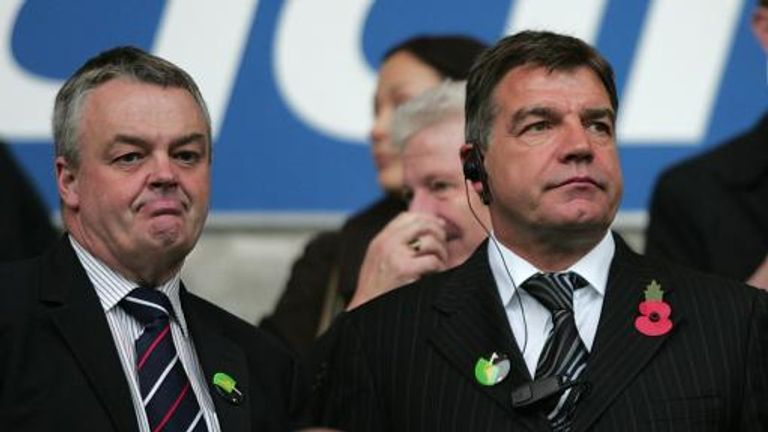 Bolton Wanderers manager Sam Allardyce (right) with chairman Phil Gartside