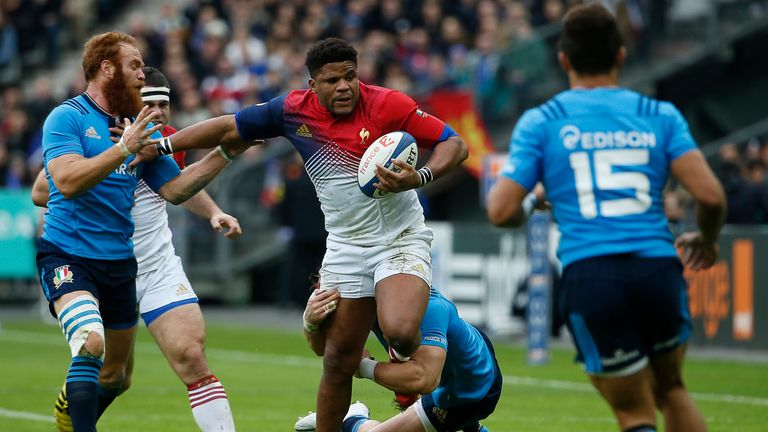 France centre Jonathan Danty wants to play with width