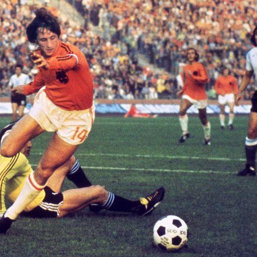Tributes for Cruyff