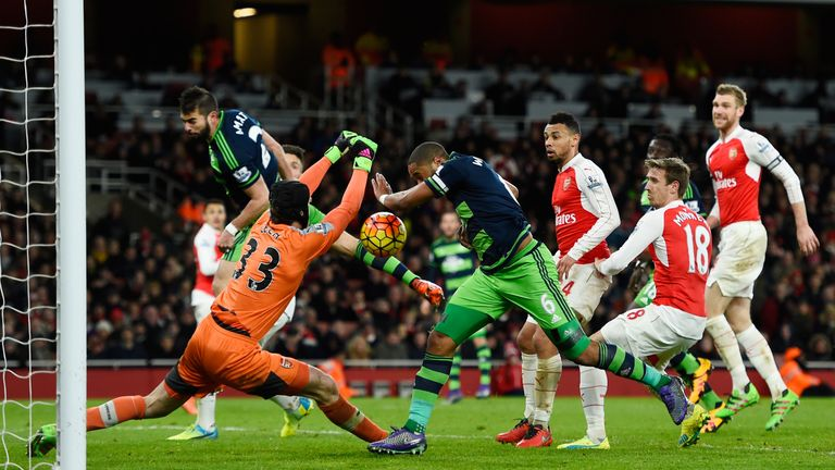 Ashley Williams puts Swansea 2-1 up against Arsenal