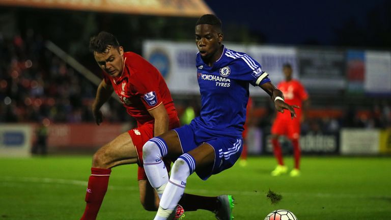Charly Musonda of Chelsea avoids Conor Randall of Liverpool