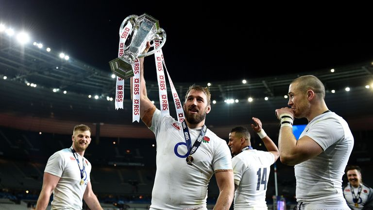 Robshaw (centre) celebrates England's Six Nations Grand Slam success