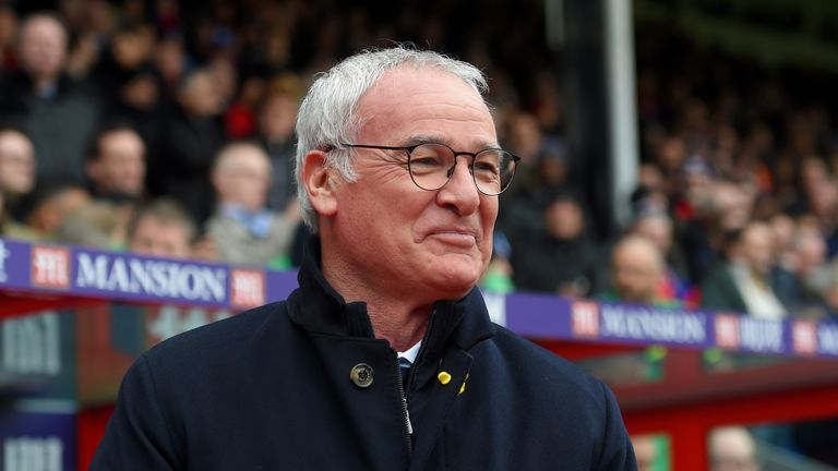 Ranieri says he only wants 'happy' players in his squad