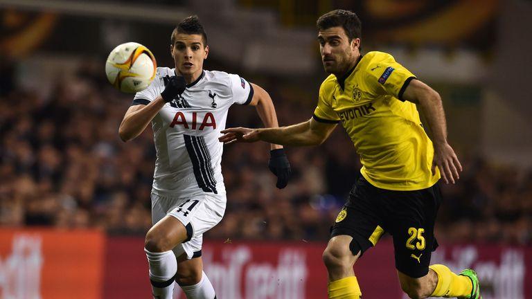 Erik Lamela charges forward for Tottenham