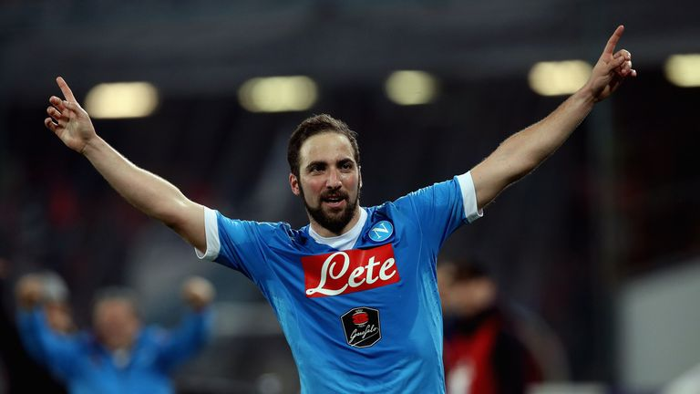 Gonzalo Higuain of Napoli celebrates after scoring his team's second goal goal during the Serie A match between SSC Napoli and Genoa