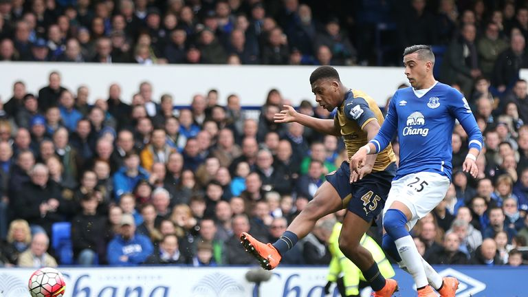 Alex Iwobi scores Arsenal's second goal against Everton at Goodison Park